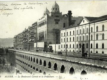Le boulevard Carnot et la Préfecture