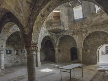 Grande salle du bain du bey Bouchelaghem